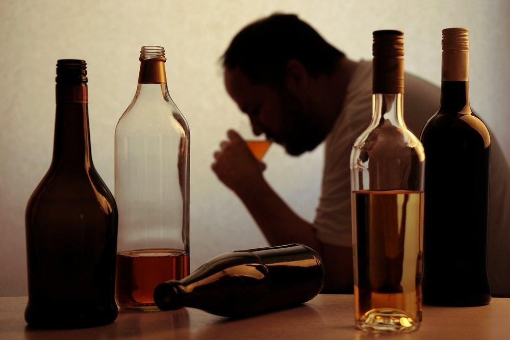 Физическая зависимость от алкоголя – давно доказанный наркологами факт